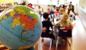 Двойной диплом в Украине перспективы студентов ua Однако не все из них могут себе позволить выехать за пределы страны Именно поэтому так называемый двойной диплом без отрыва от учебы