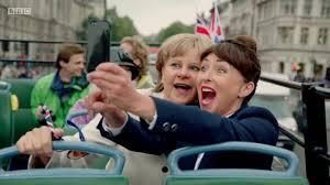 Tracey Ullman - Angela Merkel Sings