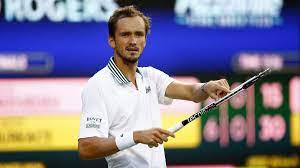 "Boris Becker analysiert Phänomen Daniil Medvedev: ""Er weiß selbst nicht,  was kommt"" - Eurosport"