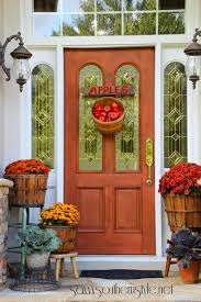 front door decoration40 Amazing ways to decorate your front door with fall style