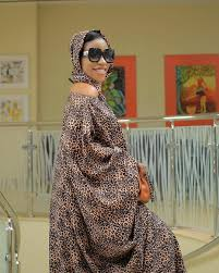 Jay dragon on oliga model. Vinka Gives Birth Sqoop Get Uganda Entertainment News Celebrity Gossip Videos And Photos