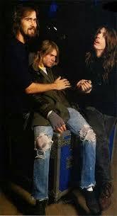 Kurt Cobain says follow Janira Leonor   Kurt cobain, Nirvana kurt ...