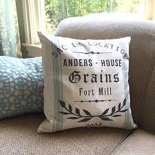 laurel wreath grain sack pillow 18 18