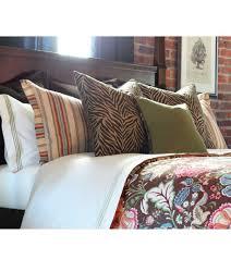 decorative bed pillows  decorating ideas