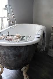... Cool And Nice Bathroom Ideas With Clawfoot Tub : Classy Clawfoot Bathtub  Design With Soap Caddy ...