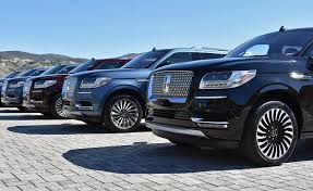 2018 lincoln navigator redesign. delighful redesign with this complete redesign the 2018 navigator is ready for frontlining  at trendiest of restaurants and poshest resorts intended lincoln navigator redesign