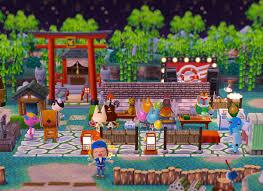 ポケ森お祭り屋台だらけのキャンプ場つねきちのお面屋さんで雰囲気