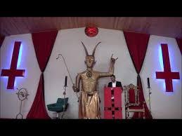 """Résultat de recherche d'images pour """"Signer un pacte avec le diable"""""""