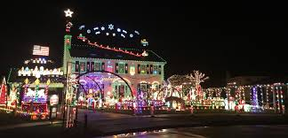 Strongsville holiday lights to be featured on ABC's 'Great Christmas Light  Fight' tonight   cleveland.com