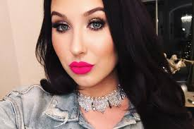 jaclyn hill dark hair. jaclyn hill announces her new makeup launch is not own line | teen vogue dark hair i