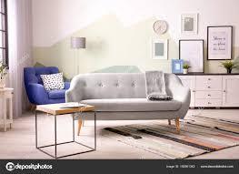 Mooie Woonkamer Interieur Met Comfortabele Bank Stockfoto