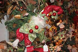 The 25 Best Tree Forest Ideas On Pinterest  Bedroom Feature Sherwood Forest Christmas Trees