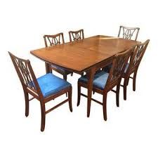 1 Dining Table u0026 6 FleurDeLis Chairs in Mahogany Set