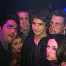are crystal reed and tyler posey friends