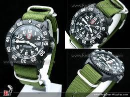 buy luminox navy seal colormark men s watch 3051 nato grn buy luminox navy seal colormark men s watch 3051 nato grn