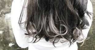 暗いけど透明感のある髪色グレー系のインナーカラーまとめ Emu Story