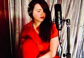 Lois - Singer/Songwriter/Lyricist - London   SoundBetter