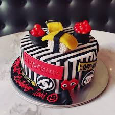 cake spade customised birthday cakes