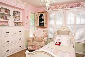 image of small girls room chandelier