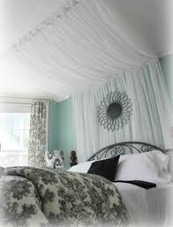 DIY Thursday: 7 Headboards and Canopies to Update Your Bed #headboard # canopy