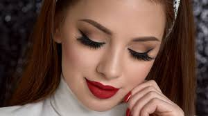 makeup with red lips