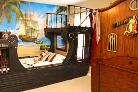 caribbean bedroom furniture. Snow White King Master Bedroom Pirates Of The Caribbean Furniture I
