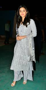 Bollywood Actress Suit Design Bollywood Actress Alia Bhatt Indian Attire Indian Outfits