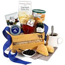 this gourmet experience includes gourmet breakfast for dad father s day gift basket