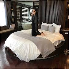 Bild Runde Betten Modern Mit Wei E Bettw Sche Lapazca