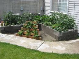 ... Charming Garden Landscaping Decoration With Various Cinder Block Garden  Planters : Agreeable Accessories For Garden Landscaping ...