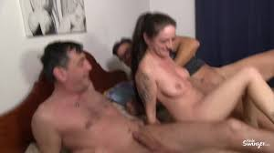 Aische Pervers Fucked by Moroccan in public pool Vom Marokkaner.