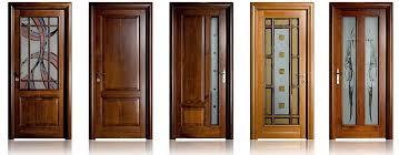 uși din lemn masiv făcute în românia