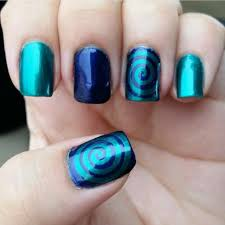 Nail Art Idea for Short Nails | Sooper Mag