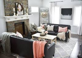 Black, White And Blush Pink Valentineu0027s Day Living Room Decor Ideas