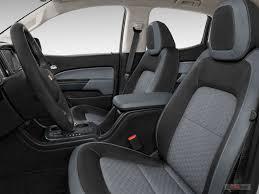2018 chevrolet colorado front seat