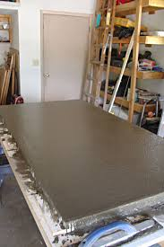 picture of screed and float the concrete