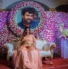 PHOTOS: 4 Months After Chiranjeevi's Death, Wife Meghana Raj Poses With Her  Late Husband's Cut-Out At Her BABY SHOWER & The PICS Will Leave You  Emotional!