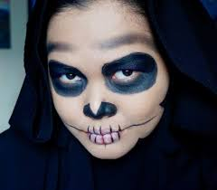 you know i ve always been a fan of easy no fuss makeup so here s an easy skull makeup tutorial that makes use of 3 s only