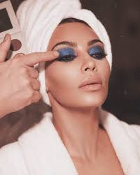 would you dare to wear the royal blue smokey eyes like kim k