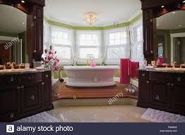 Master Schlafzimmer En Suite Mit Freistehender Badewanne Cottage