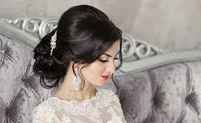 أفضل 40 تسريحة شعر ناعمة لعروس أكثر أناقة مجلة عروس