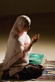 تفسير رؤية ملابس الصلاة في المنام للحامل