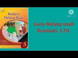 Buku pakaian tradisional melayu riau terbitan lembaga adat melayu riau. Kelas 5 Budaya Melayu Riau Sapaan Dalam Keluarga Melayu Youtube
