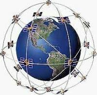 Globo terráqueo rodeado de satélites de posicionamiento