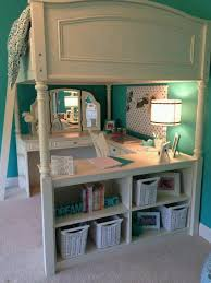 i like how the loft bed isn t to big and the mirror and the