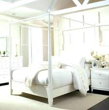 Wooden Canopy Bed Collect This Idea Canopy Beds For The Modern ...