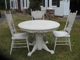 distressed round dining table ideas