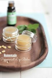 diy homemade peppermint lip balm that s soft on the lipoisturizes plus you
