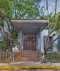 Eclectic Designs Bhopal Khosla Associates Design A Vibrant And Eclectic Home In