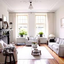 New-England-style-living-room-Country-Homes-and-